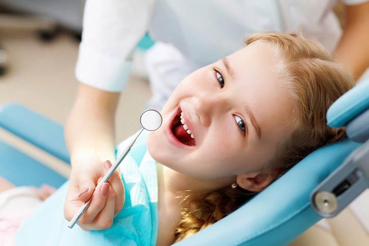 اهمیت دندانپزشکی کودکان و دندانهای شیری